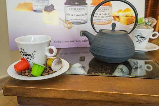 thé vert, thé blanc, thé noir, infusions, Rooibos